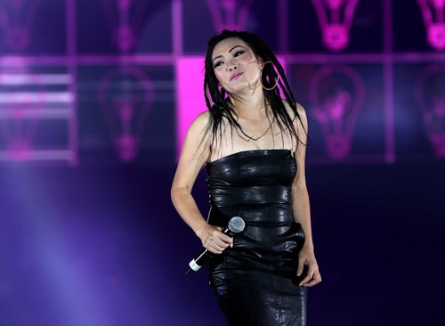 Phương Thanh khiến khán giả choáng ngợp tại bữa tiệc âm nhạc lớn nhất VN