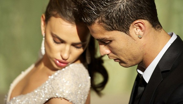 Có bồ mới, Irina Shayk xóa sạch hình ảnh của Ronaldo trên mạng xã hội