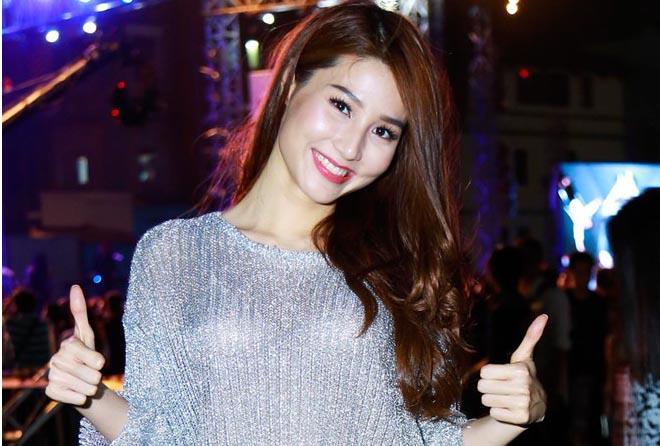 Diễm My 9X cổ vũ Phạm Anh Khoa làm live show rock