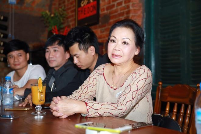 Khánh Ly: 'Tôi chưa phải là người vợ tốt'