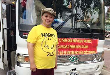 Nghệ sĩ Minh Béo tham gia chuyến đi từ thiện tại Campuchia