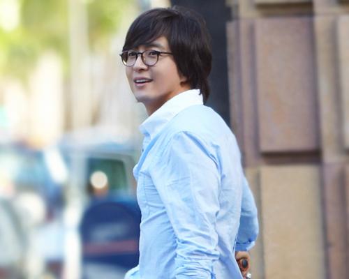 Bae Yong Jun cầu hôn chỉ sau 100 ngày yêu