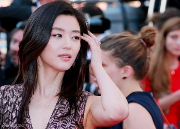 Mỹ nhân 'Vì sao đưa anh tới' lộng lẫy trên thảm đỏ Cannes