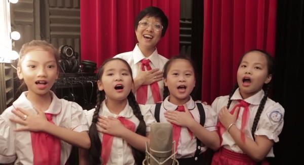 50 nghệ sĩ cùng hơn 1.200 thiếu nhi hát về Bác Hồ