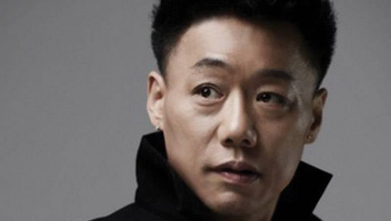 Đạo diễn Hàn Quốc bị bắt vì quấy rối đàn ông ở phòng tắm hơi