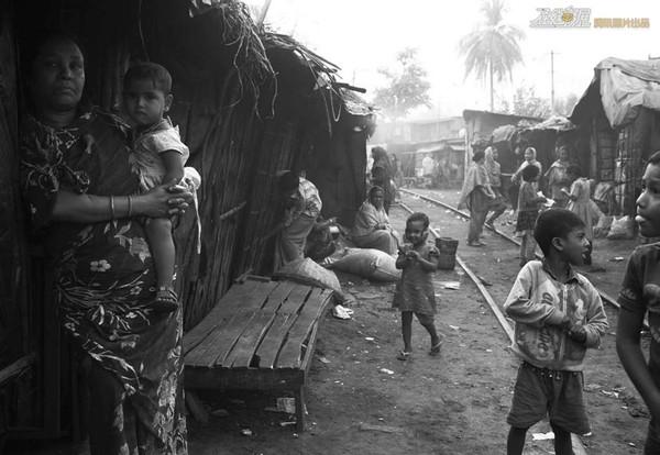 Chùm ảnh về một trong những khu vực nghèo đói nhất thế giới