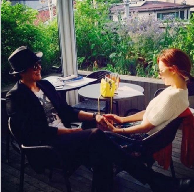 Bae Yong Jun - Soo Jin lần đầu công khai ảnh hẹn hò