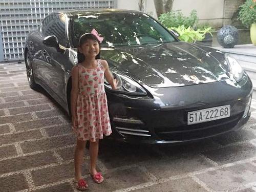 Trần Bảo Sơn mua xe hơi 5 tỷ tặng con gái Bảo Tiên