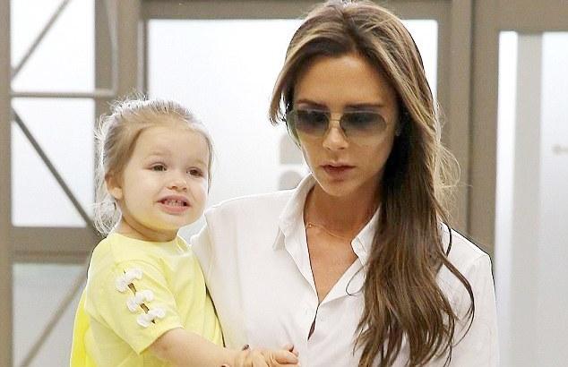 Victoria Beckham không muốn sinh thêm con