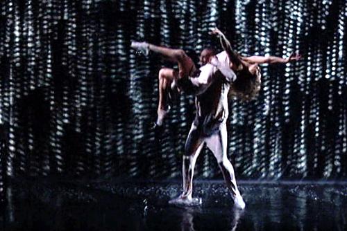 Mãn nhãn với phần trình diễn đồ họa, vũ đạo ở Got Talent Mỹ