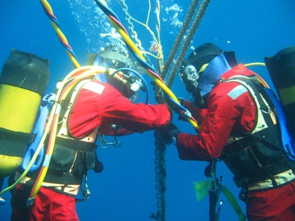 Sửa xong cáp quang biển AAG, Internet VN trở lại bình thường
