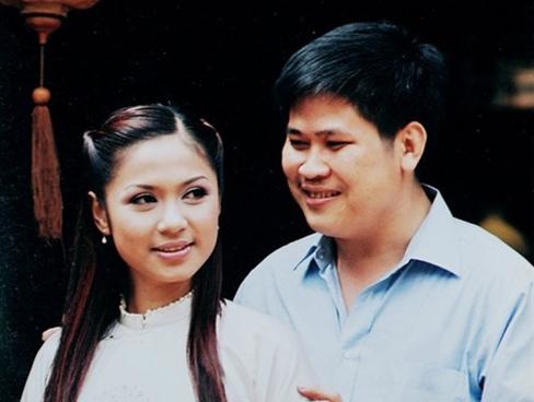 Những mối tình đầy ngang trái của Việt Trinh