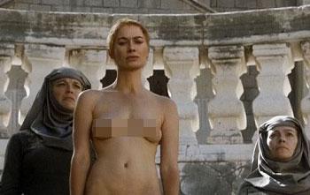 Người đóng thế cũng phát hoảng về cảnh nude