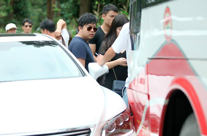 Xe Lexus chở Quang Lê va chạm ôtô khách ở Sa Pa