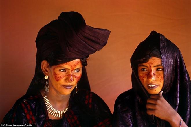Những quy định kỳ lạ tại bộ tộc nữ giới chiếm ưu thế