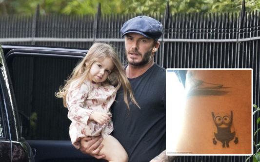 """Harper Seven tự tay """"xăm"""" hình Minion cho bố Beckham"""