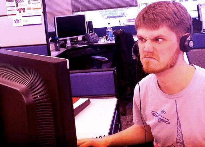 22 điều 'kinh dị' nhất khi làm việc tại Facebook