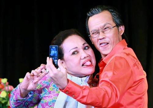 NSND Ngọc Giàu từng làm chủ hôn cho Hoài Linh