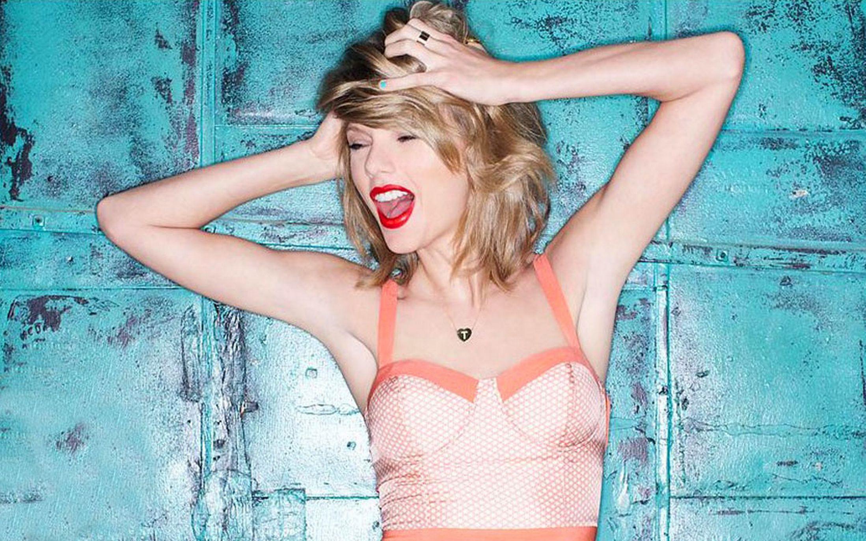 Taylor Swift chuẩn bị ra mắt dòng thời trang tự thiết kế