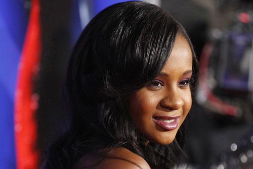 Con gái của Whitney Houston đã qua đời ở tuổi 22