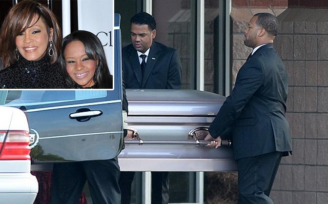 Loạt nghệ sĩ đến tham dự đám tang của con gái Whitney Houston
