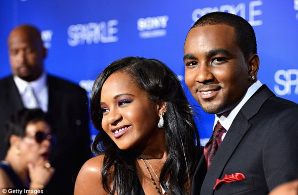 Nghi án con gái Whitney Houston bị bạn trai đầu độc