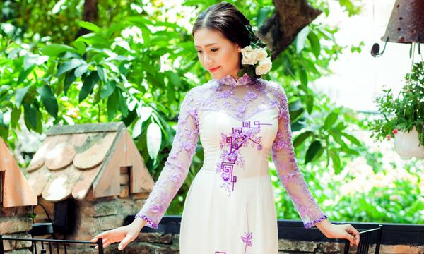 Cô dâu Dương Hiểu Ngọc đẹp thanh khiết với áo dài cưới Tommy Nguyễn