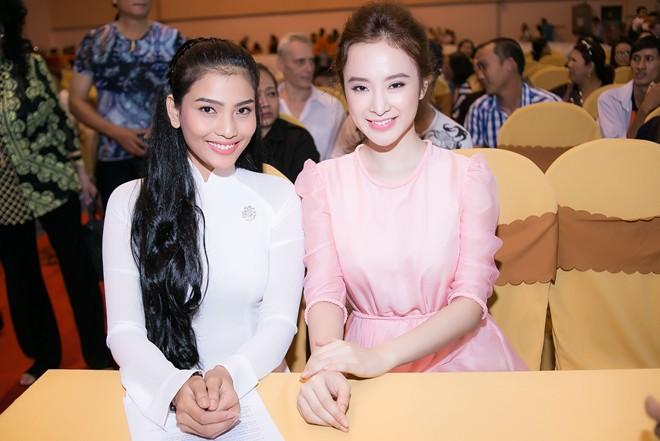 Trương Thị May, Phương Trinh tham gia ngày hội ăn chay