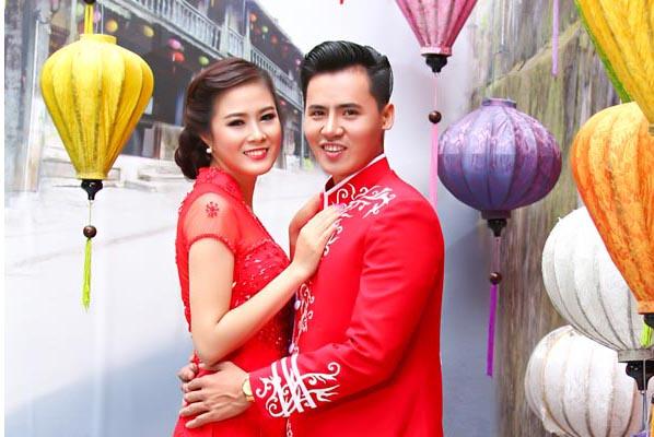 Cặp đôi Văn Phúc - Bảo Ngọc rạng ngời với Áo cưới Tommy Nguyễn