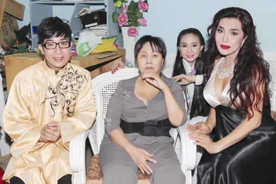 Cindy Thái Tài hạnh phúc khi ủng hộ NS Hoàng Lan