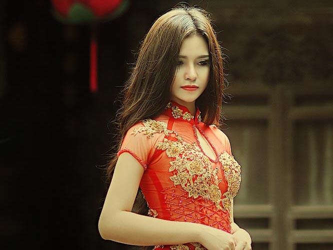 Tina Trần như tiểu thư đài các với Áo dài cưới Tommy Nguyễn
