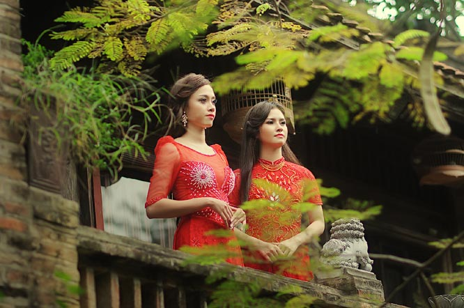 Thẫn thờ khi Đặng Hà Vy - Tina Trần lộng lẫy với Áo dài cưới Tommy Nguyễn