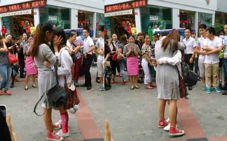 Sự thật đằng sau màn cầu hôn gây sốt của cặp đôi đồng tính nữ Trung Quốc
