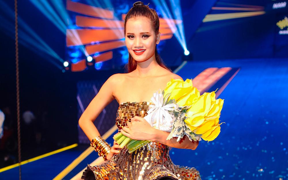 """Hương Ly lên ngôi Quán quân """"Next Top Model"""" mùa 6"""