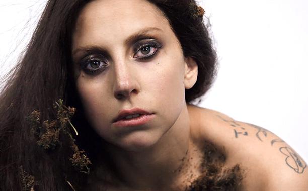 Lady Gaga chiến đấu với chứng trầm cảm, lo âu