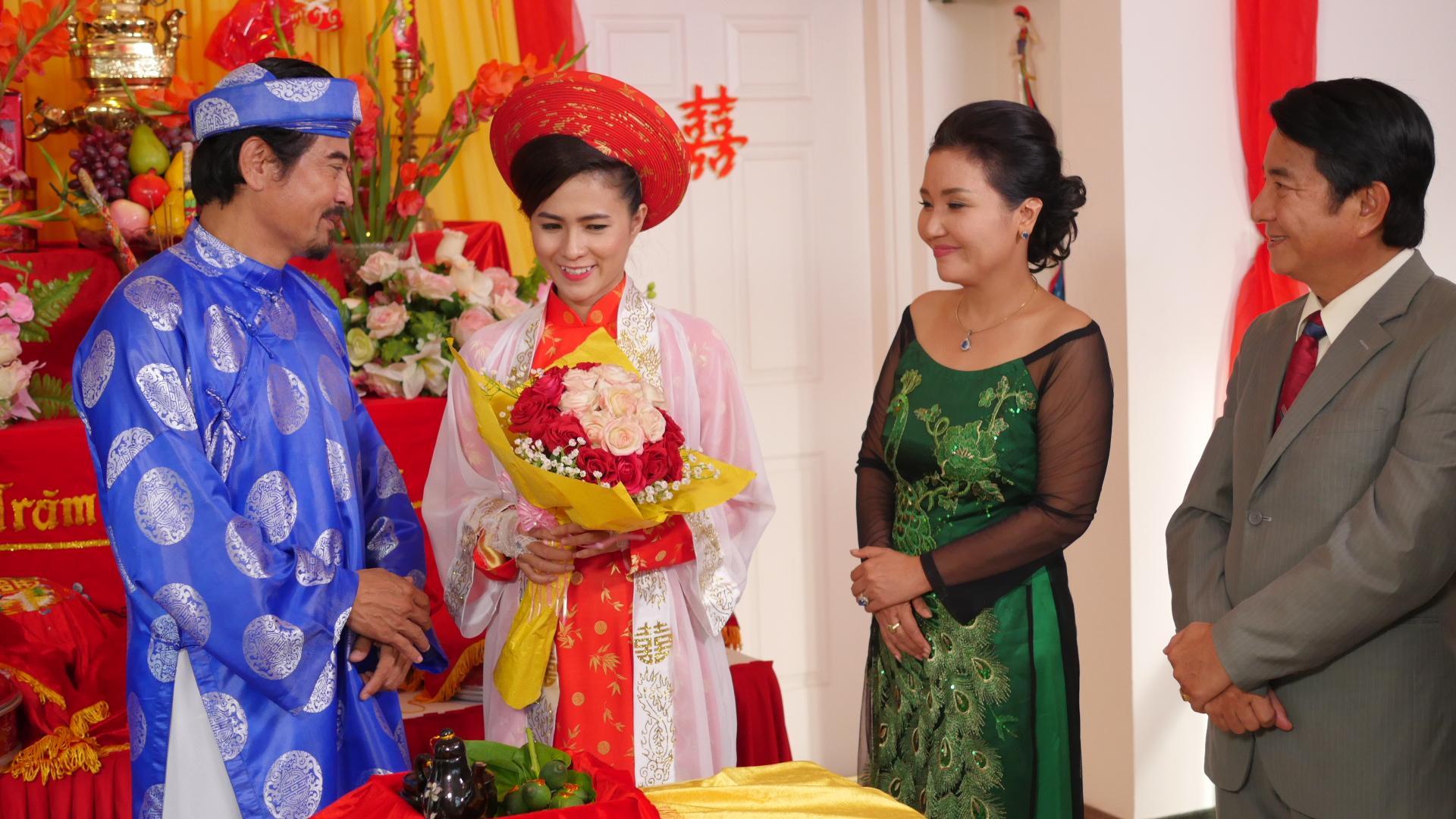 """""""Chị em nhà Đông Các"""" bị lừa khi lấy chồng đại gia Đài Loan"""