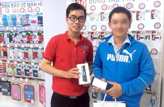 Bkav: Nhân viên đi mua Bphone để kiểm tra quy trình