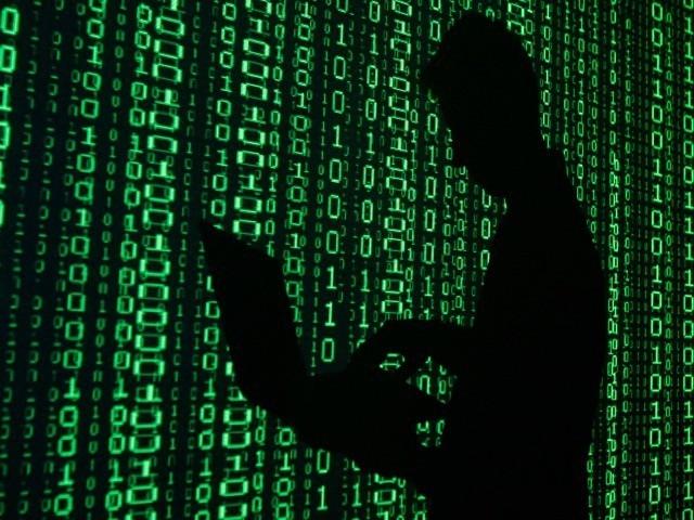 Anonymous đánh sập 5.500 tài khoản IS sau một ngày