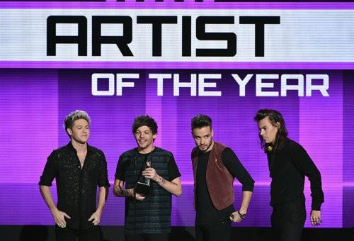 One Direction: Nghệ sĩ Anh xuất sắc nhất nước Mỹ 2015