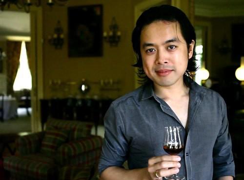 """Nhạc sĩ Dương Khắc Linh: """"Sẽ rất vô duyên nếu nghệ sĩ tự xưng mình là diva"""""""