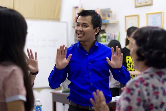 Thầy giáo ở Thách thức danh hài qua đời ở tuổi 27