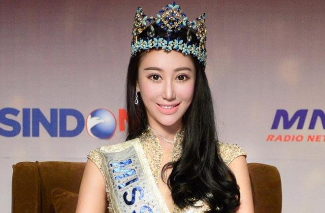Xét xử kiều nữ 32 tuổi giả làm Hoa hậu Thế giới bán dâm
