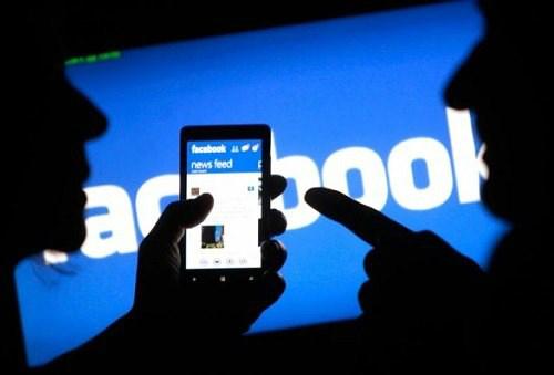 Facebook chặn chia sẻ website khiêu dâm từ Việt Nam