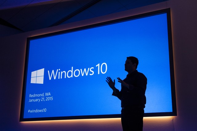 Microsoft cưỡng ép người dùng nâng cấp lên Windows 10