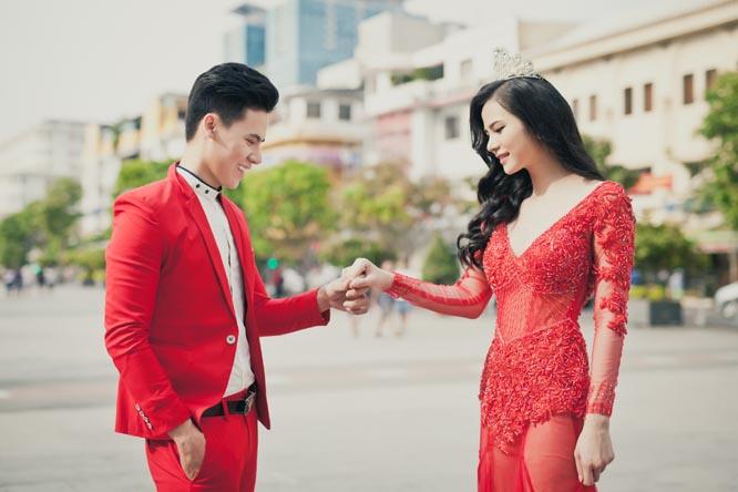 Hồ Văn Phúc ngất ngây bên Lý Thiên Trúc gợi cảm với Áo cưới Tommy Nguyễn