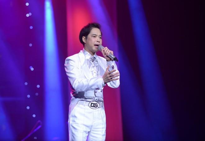 Ngọc Sơn hát chào năm mới tại Hà Nội