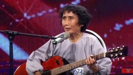 Thí sinh 59 tuổi gây xúc động mạnh Vietnam's got Talent 2016