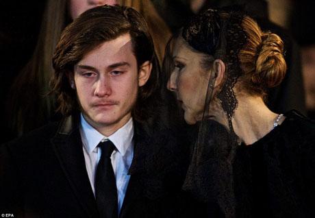 Con trai Celine Dion khiến người hâm mộ thấy ấm lòng