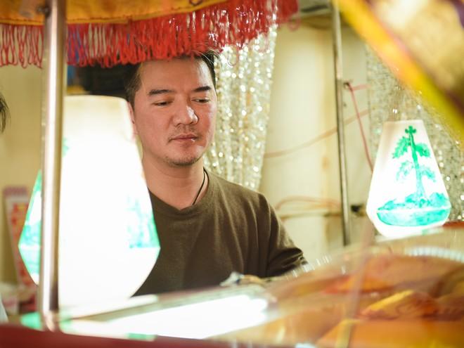Đàm Vĩnh Hưng đến nhìn bầu show nổi tiếng Sài Gòn lần cuối