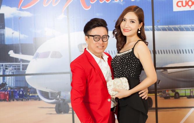 Người đẹp Dương Hiểu Ngọc diện váy đầm xẻ cao gợi cảm tham dự sự kiện